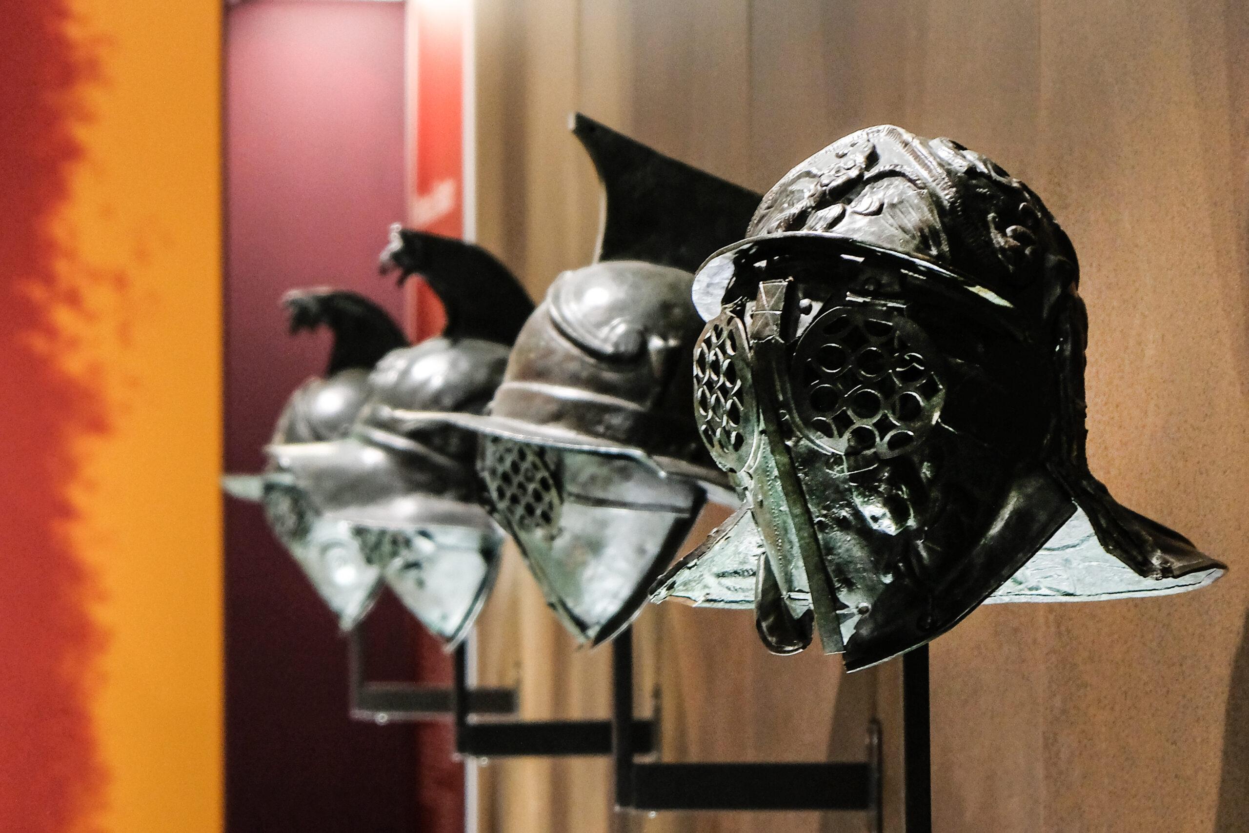 Gladiatori, oltre il mito. Il MANN di Napoli indaga il lato umano dei combattenti