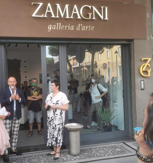 Gianluca Zamagni e Milena Becci, curatrice della mostra