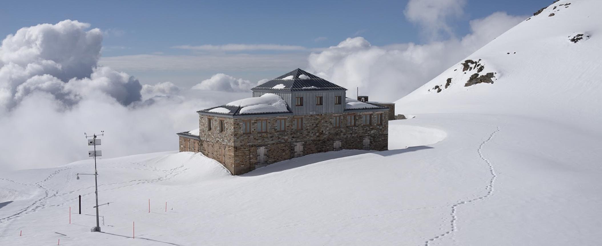 Studiare e ricreare la neve. Il nuovo poetico progetto di Laura Pugno per il MUSE di Trento