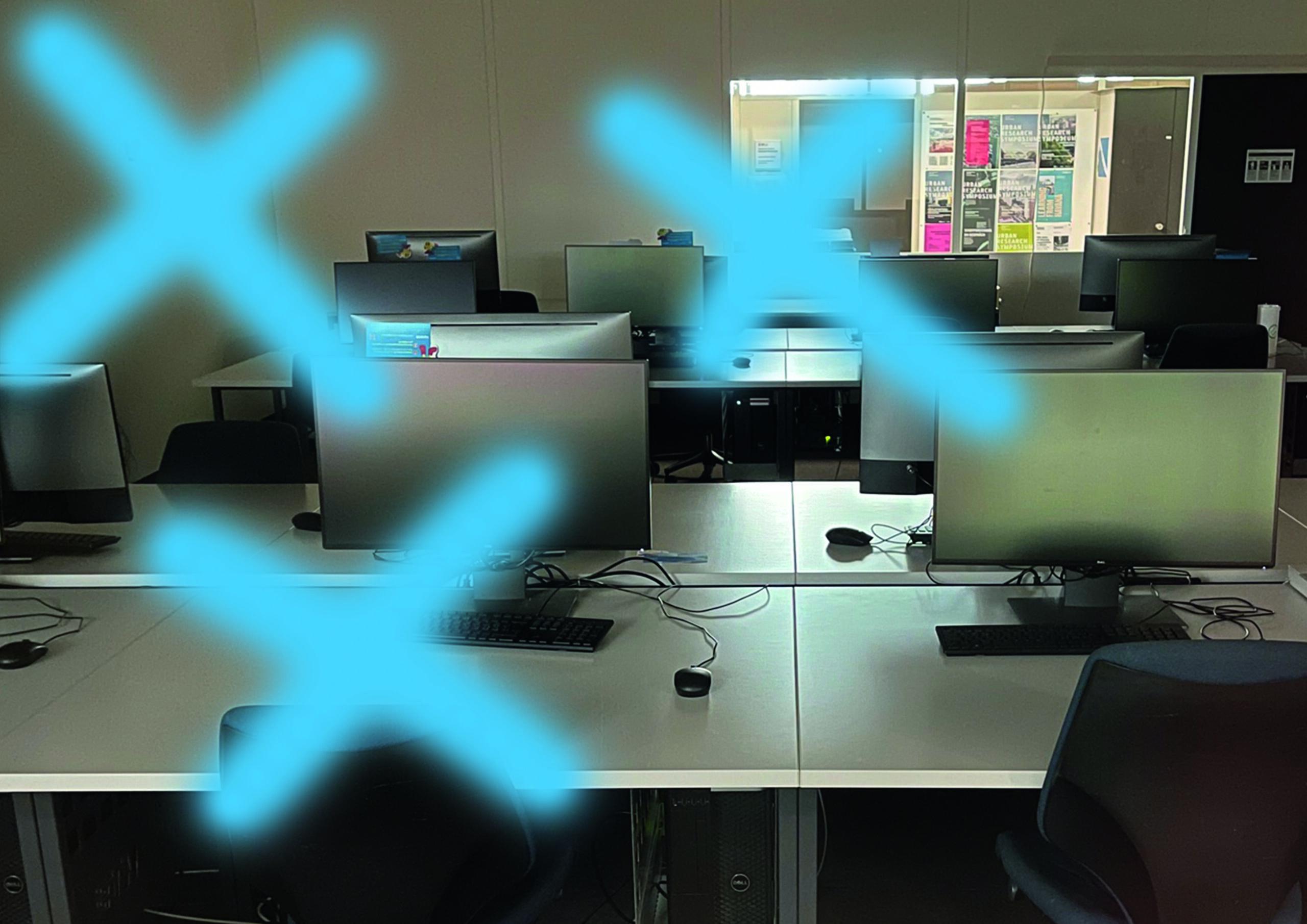 La complessità della modellazione al computer si svela nell'iconico Prada Buiding a Tokyo