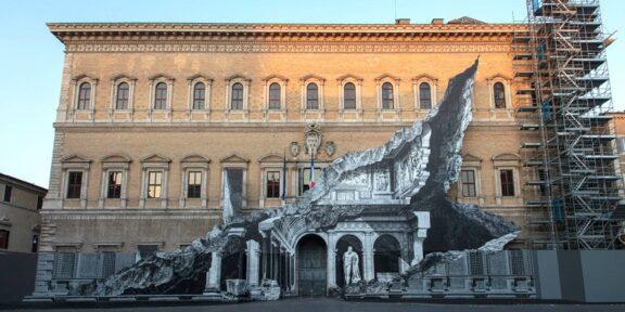 Installazione di JR a Palazzo Farnese