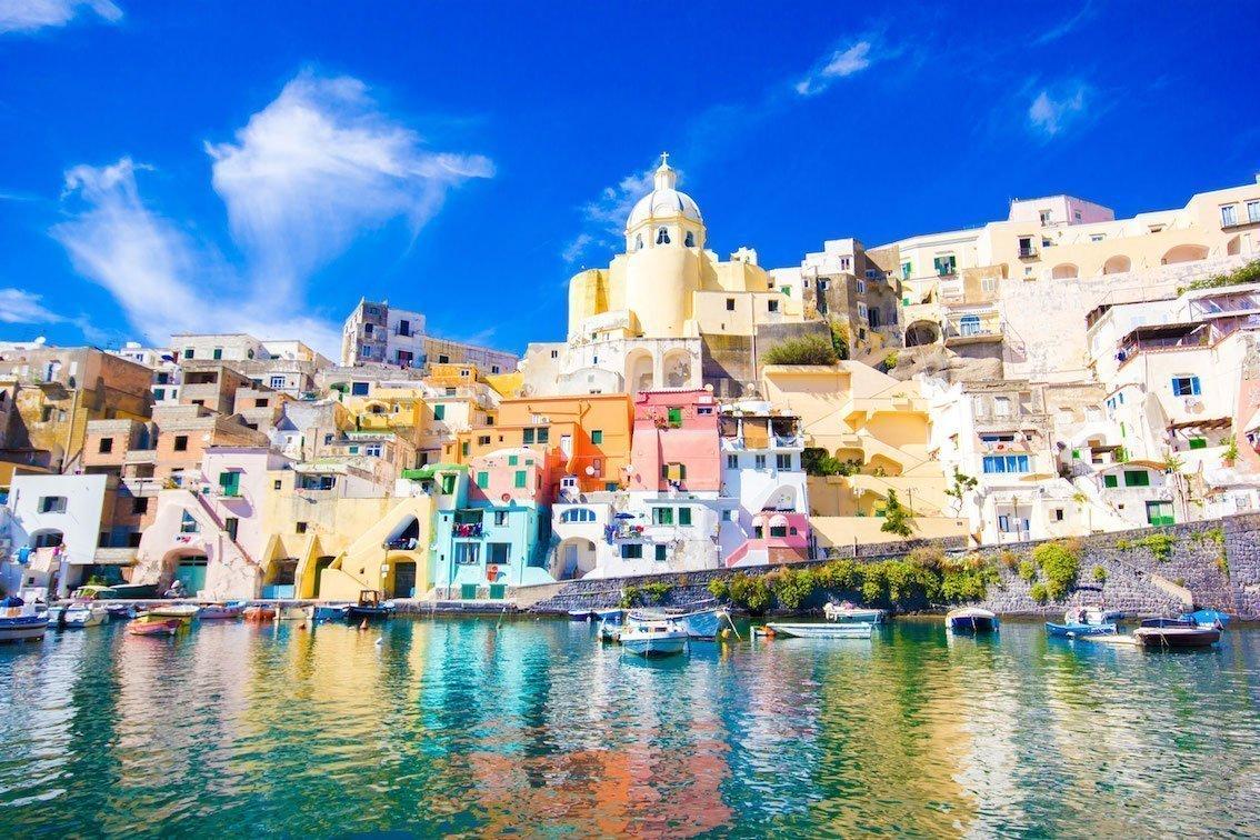 Procida opera d'arte totale a settembre. Italics sbarca nell'isola Capitale della Cultura