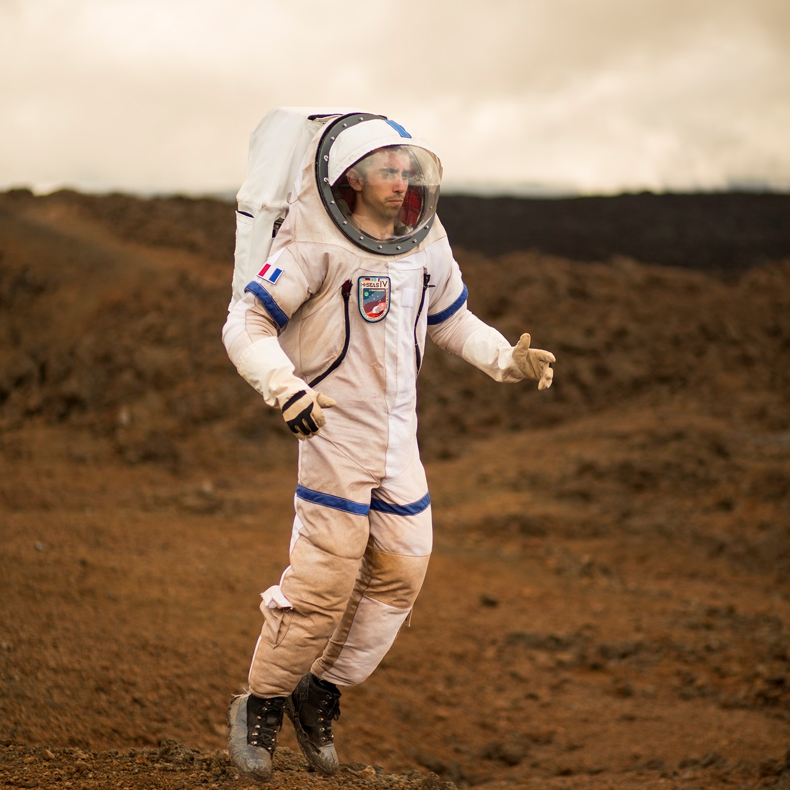 Dai viaggi su Marte agli umanoidi: l'Italia per Les Rencontres d'Arles. Alberto Giuliani per Surviving Humanity