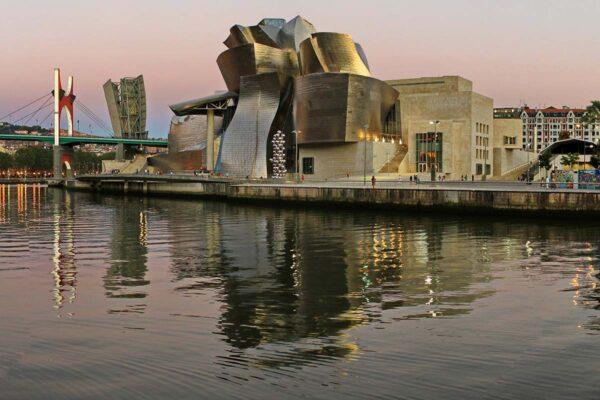 Prospettive su Frank Gehry, il documentario di Rai5 sull'archistar
