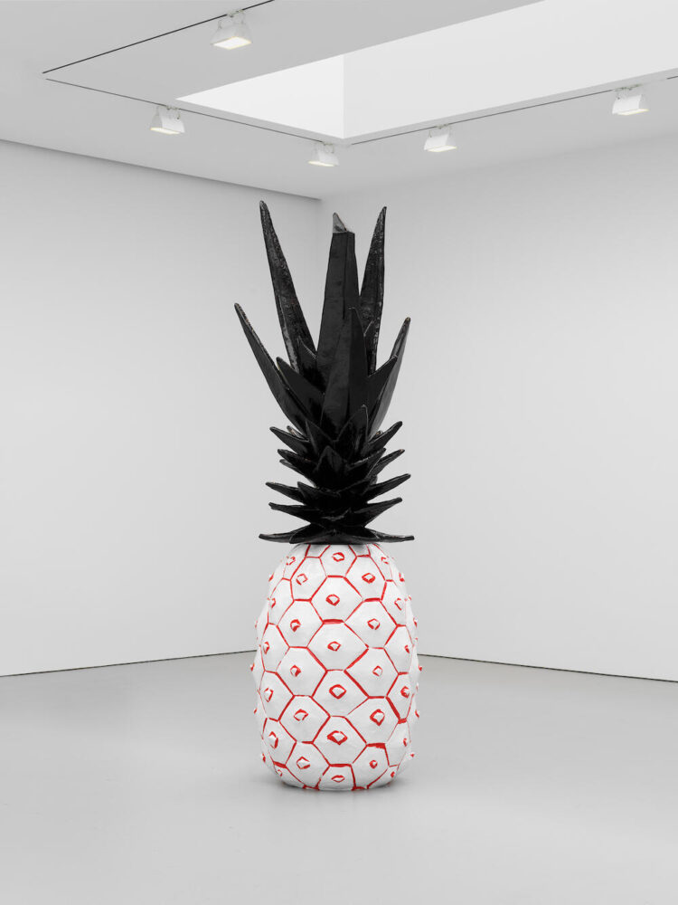 Rose Wylie, Pineapple (2020). © Rose Wylie. Courtesy the artist and David Zwirner.