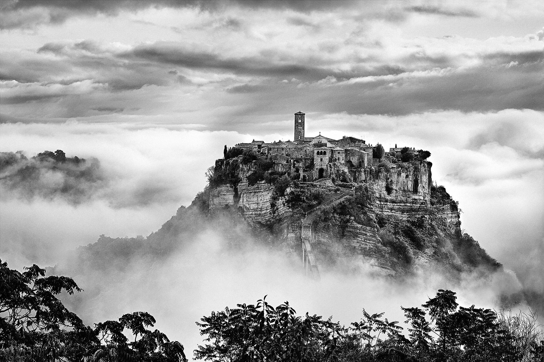 Fra nuvole e vento: le fotografie di Brian Stanton in mostra a Civita di Bagnoregio