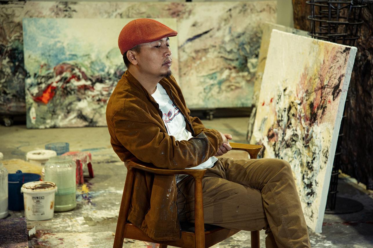 """Grande pittura (e non solo) dal Vietnam. Intervista ad Henry Le: """"un fiore sboccia per la propria gioia"""""""