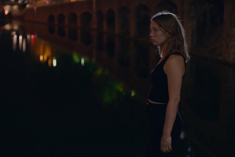Mostra del Cinema. Due drammi nella notte parigina in Ma nuit di Antoinette Boulat