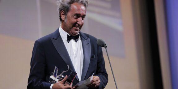 Paolo Sorrentino ritira il premio