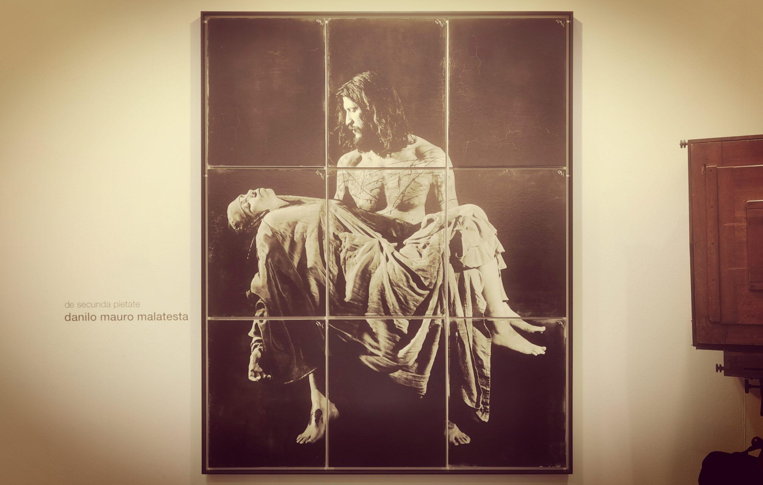 Un altro erede di Michelangelo. Ecco la Pietà di Danilo Malatesta a MIA Fair