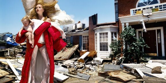 David LaChapelle, House at the End of the World (2005), Los Angeles, ©DavidLaChapelle